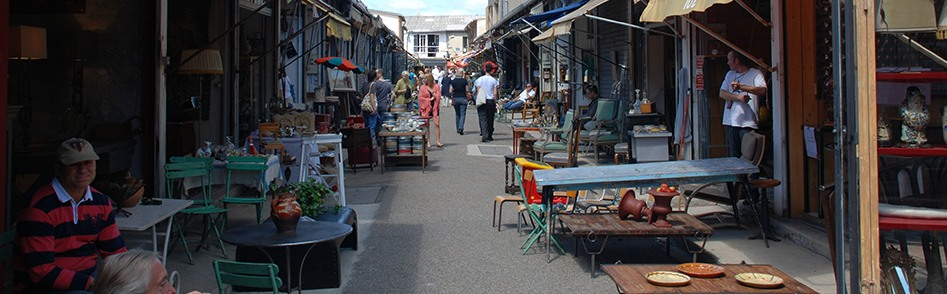 Paris Flea Market at Porte de Clignancourt